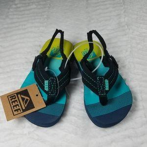 NWT Toddler Reef flip flops